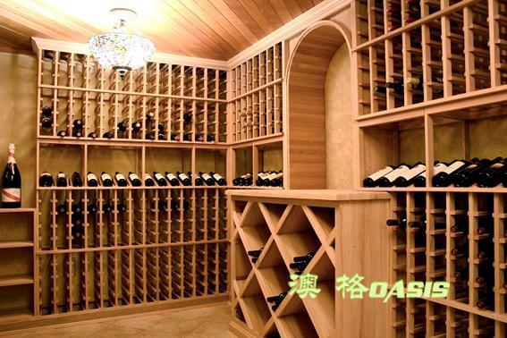 产品名称:红酒展示架 产品品牌:澳格 产品尺寸:可定制 产品产地:东莞 产品材质:橡木、榉木、松木、樱桃木、胡桃木等。 产品说明: 1、澳格实木酒架,有多种实木原料可选,美国进口白橡,新西兰的榉木,纽西兰的松木。 2,澳格红酒酒架,可根据客户要求和实地的尺寸丈量单独设计、制作属于客户的个性化造型。 3,澳格提供多种场合酒架,酒窖酒架、酒庄酒架、卖场酒架、私家酒架。 4、澳格酒架造型艺术,营造田园、豪华、古典、乡村等多种艺术风格。以充满经典、休闲的文化感,打造新概念家居空间,全面提升客户的生活与艺术品位。