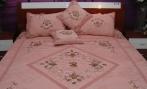 供应厂家批发直销定做加工最新丝带绣床罩五件套