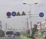 批发供应八角交通标志杆镀锌加工、大型交通标志牌杆