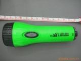 供应低价处理电池手电筒,电池塑料手电筒