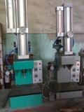 供应飞亚气液增压机、压铆机