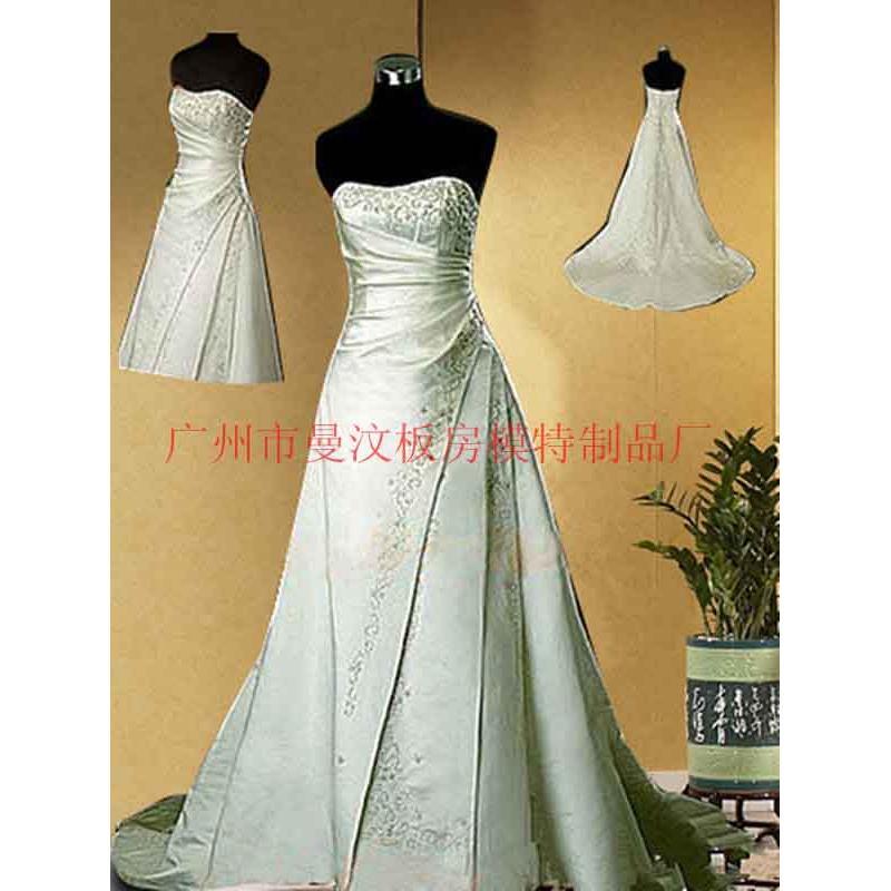 广州白马纸样服装设计全身女模特