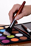 国际知名彩妆加工基地