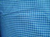 天蓝色格子图案面料