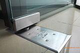 东城区安装钢化玻璃门建国门安装更换地弹簧