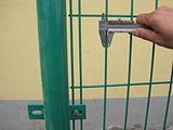 河南信阳商城县护栏网   浸塑双边丝护栏   围栏网防护网