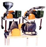 销售互帮专业生产GFS系列高效粉碎机,喷雾干燥机设备,硼酸干