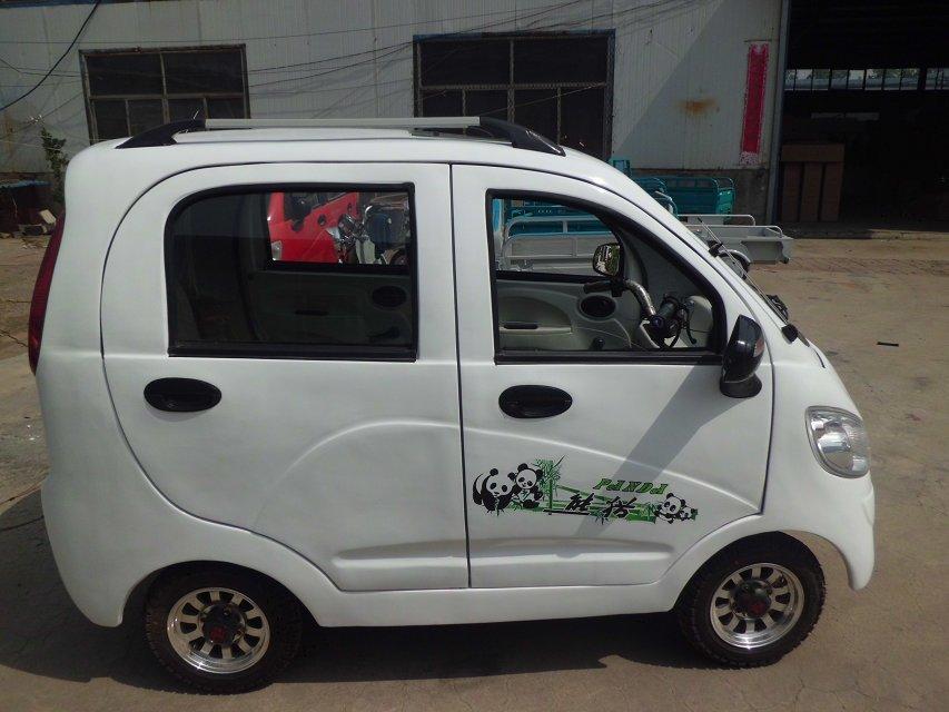 充电器,现经厂领导研究决定电动小四轮车,电动汽车各方面技术已经完备
