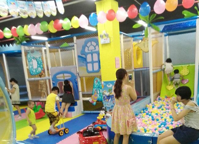 星期六儿童乐园加盟为孩子打造开心成长天地