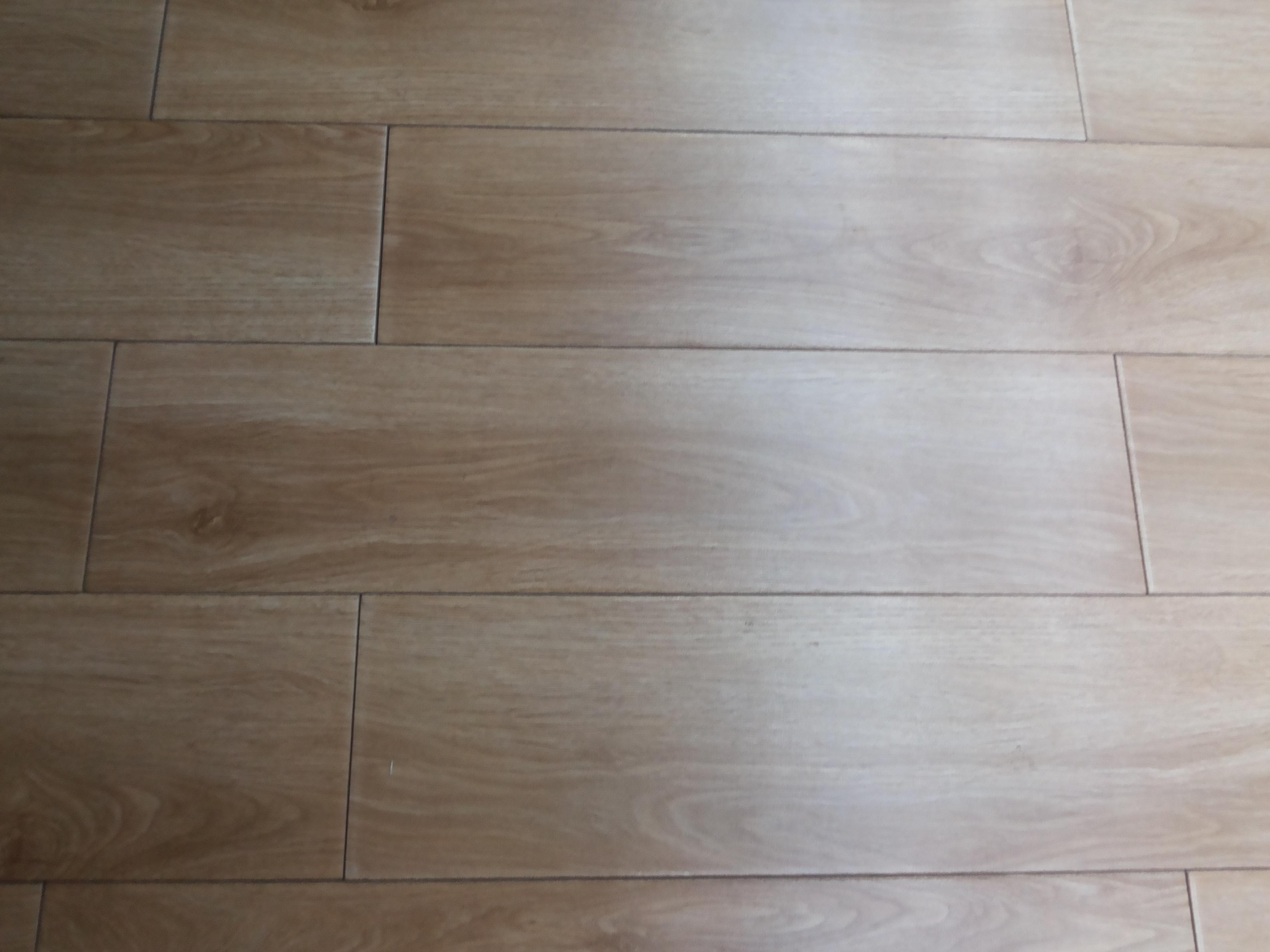 供应150*600磁质仿古木纹地面砖瓷砖批发