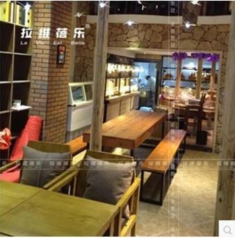 咖啡馆木头材质