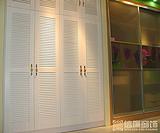提供实木百叶门窗订做,百叶橱柜门实木百叶门价格 实木百叶窗价格