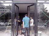 玻璃门故障维修 门锁维修 玻璃门换玻璃广州简和服务