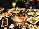 大理石火锅桌选购,无烟宝是火锅店用品最佳选择