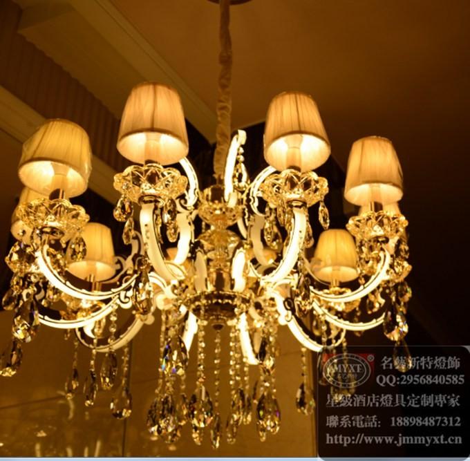 新品家居吊灯,灯体发光客厅吊灯,现代简欧风格吊灯,客厅现代吊灯图片
