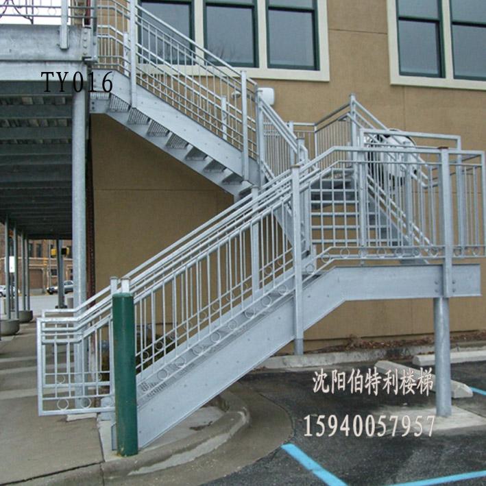 消防楼梯设计注意事项: 1 栏杆扶手的高度不应小于1.