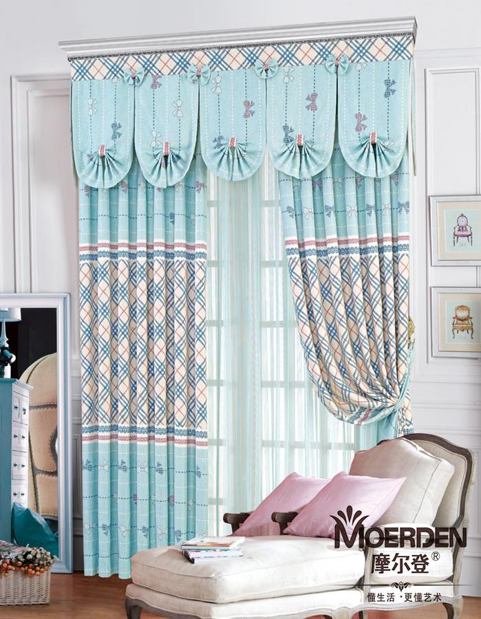 大气的欧式窗帘大多用作高档别墅窗帘