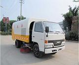 厂家直销定西地区国四标准免征江铃五十铃扫地车,扫路车,道路清扫车