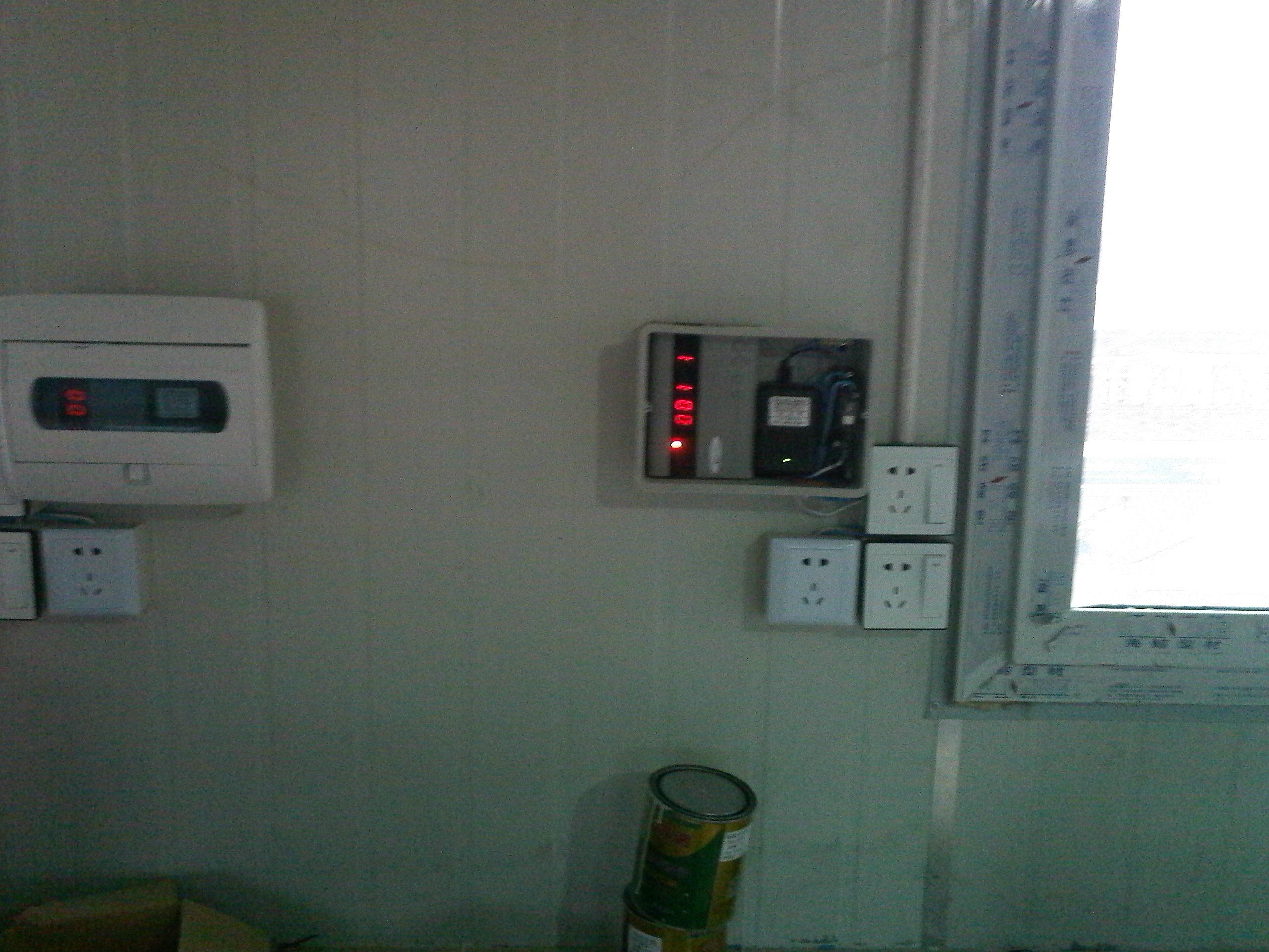 插卡式热水机电路图