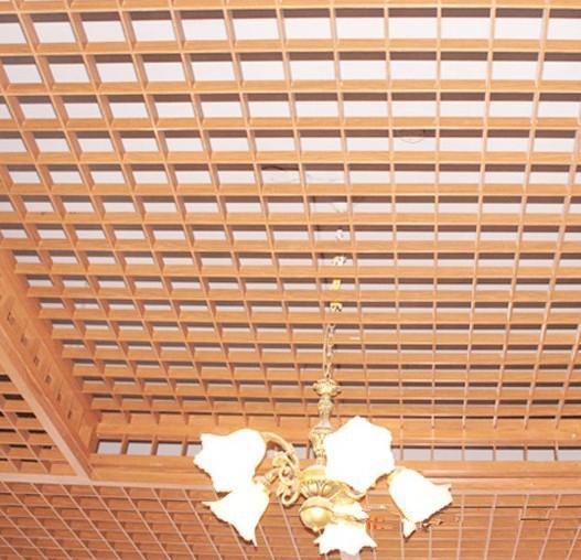 木纹铝格栅天花