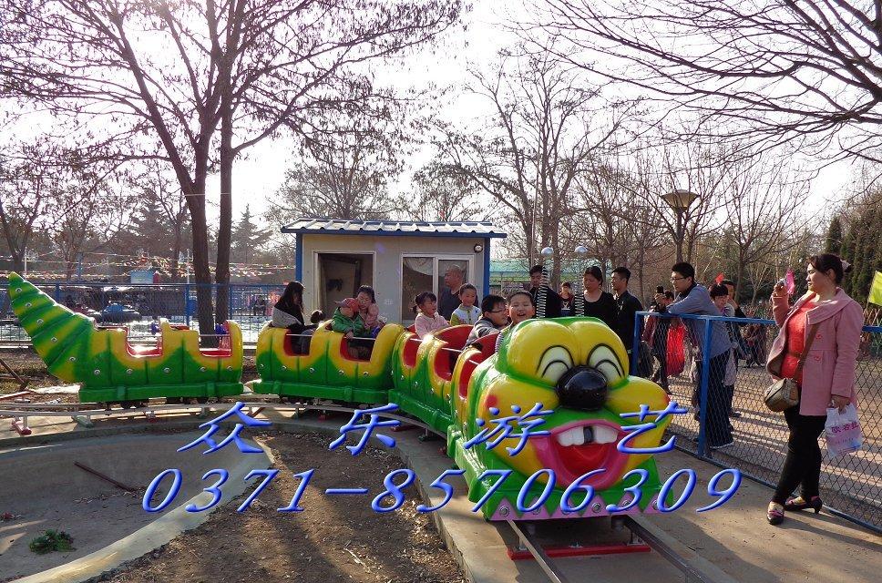 室内起伏儿童游乐小火车 儿童游乐场设备 可根据场地设计轨道