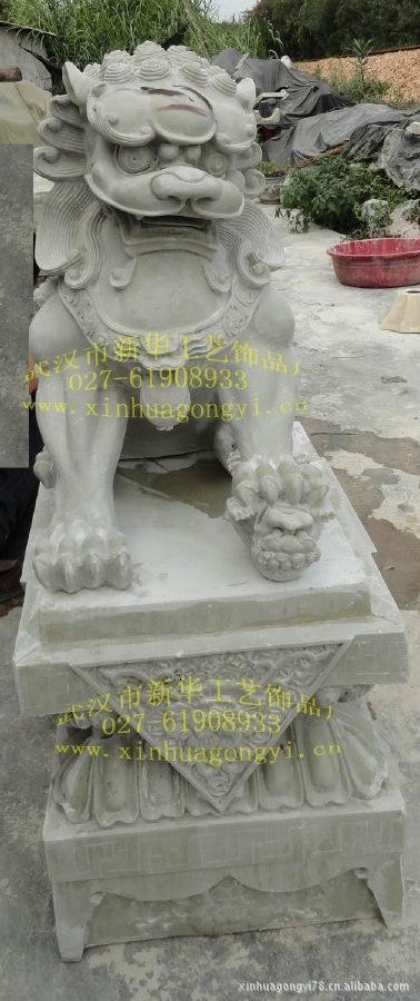 玻璃钢狮子雕塑 景观雕塑 大型广场雕塑 精品大门狮子雕塑