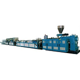 木塑发泡建筑模板生产线益丰塑机pvc木塑发泡建筑模板生产线
