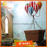 供应橱窗展示用玻璃钢热气球道具