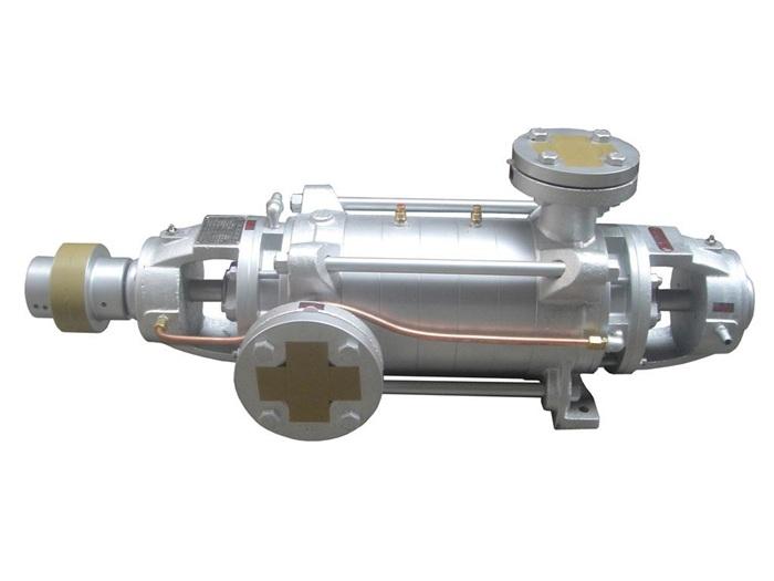 DF不锈钢多级泵 DF型卧式多级离心泵概述: DF型卧式多级离心泵供输-20℃~105℃,不含固体颗粒,有腐蚀性的液体,泵的进口允许压力为0.6MPa。