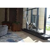 酒店艺术品设计之不锈钢雕塑设计